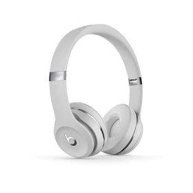 سماعات رأس لاسلكية Over-ear نوع Solo 3 منBeats  - فضي لامع