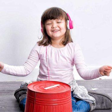 سماعة رأس للأطفال قابلة للطي من BUDDYPHONES مع ميكروفون - وردي