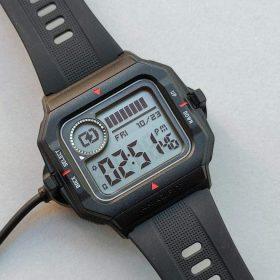 ساعة Amazfit Neo الرياضية الذكية سوداء